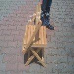 Sandalyeyi sehpaya dönüştürme işlemi